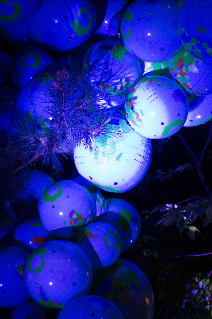 globes nuit blanche monstermonster
